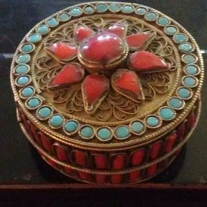Other - Vintage Silver Tibetan Coral Turquoise Prayer Box